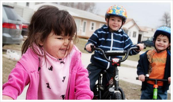kidsbikes1_041509